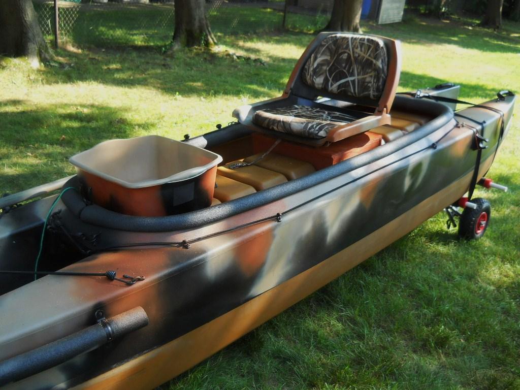 Fly fihsing kayak cockpit wavewalk stable fishing for Kayak fishing seats