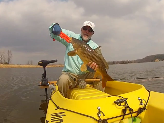 carp-fly-fishing-with-kayak