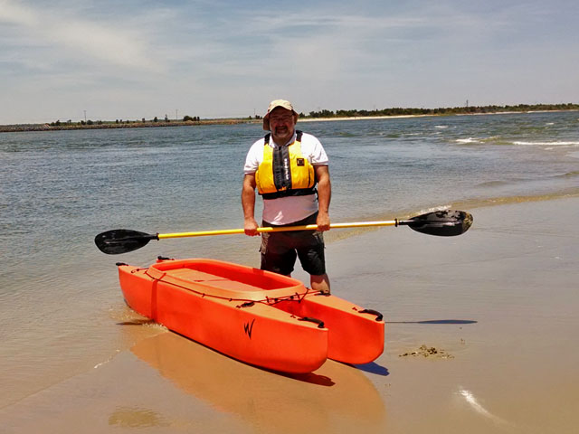 Rich-standing-by-his-fishing-kayak-south-nj (2)
