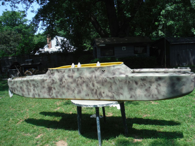 new-camo-design-for-old-W300-fishing-kayak (2)