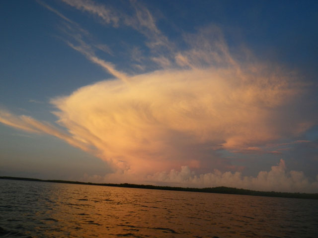 storm-clouds-during-fishing-trip-in-chokoloskee-fl
