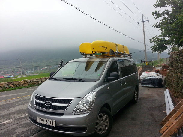 our-camping-van-with-car-topped-fishing-kayak