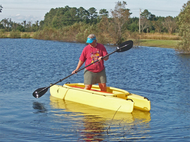 fishing-buddy-testing-the-W700-for-stand-up-paddling