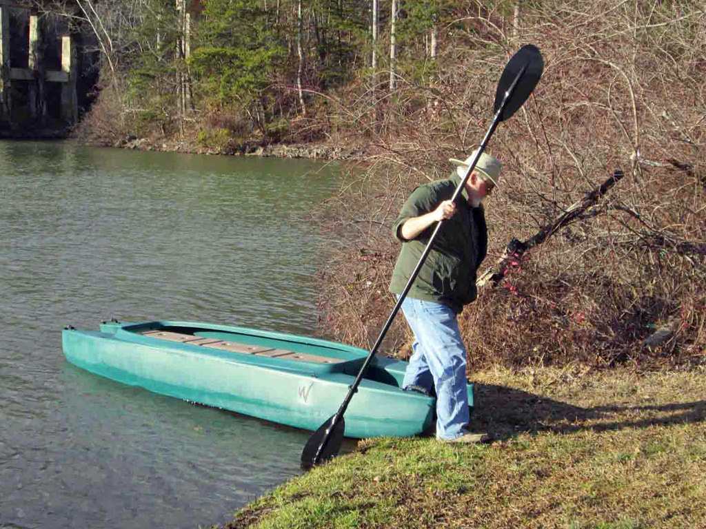 beaching-the-kayak-walk-out-effortlessly