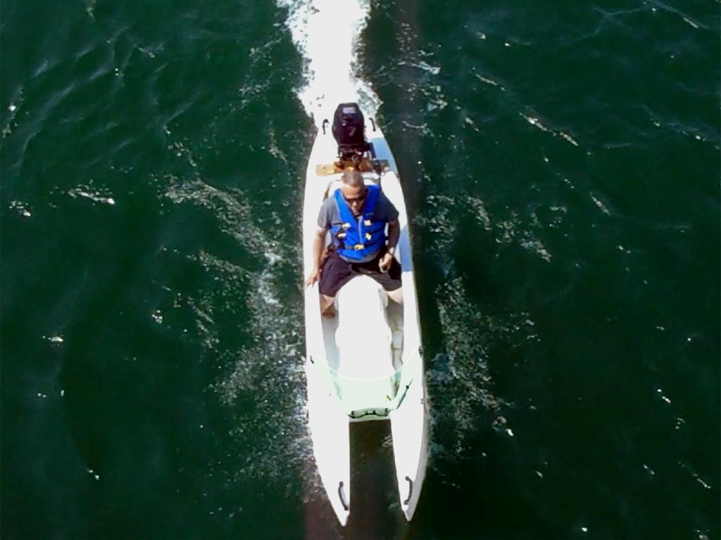 Choosing a motor for your Wavewalk® 700 kayak
