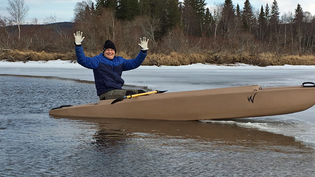 first-time-paddling-a-wavewalk-700-in-Sweden