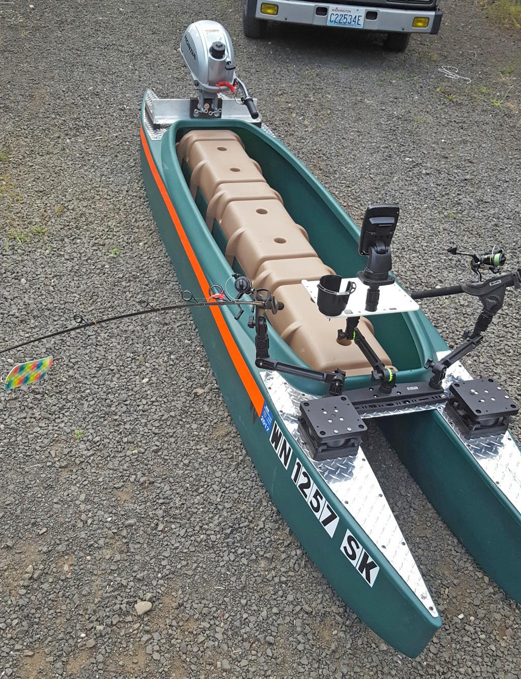 Wavewalk-700-with-2.3HP-Honda-outboard-motor-1024