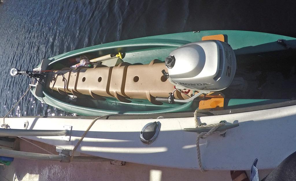 Wavewalk 700 skiff with 2 motors – first lobster grabbing trip