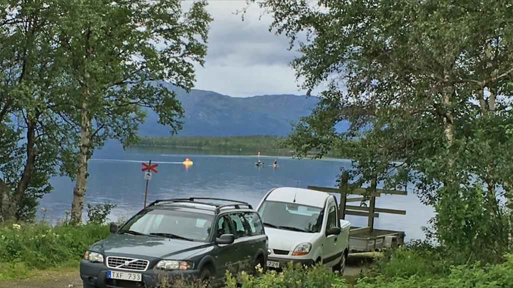 at-the-boat-ramp-in-lake-Ottsjö