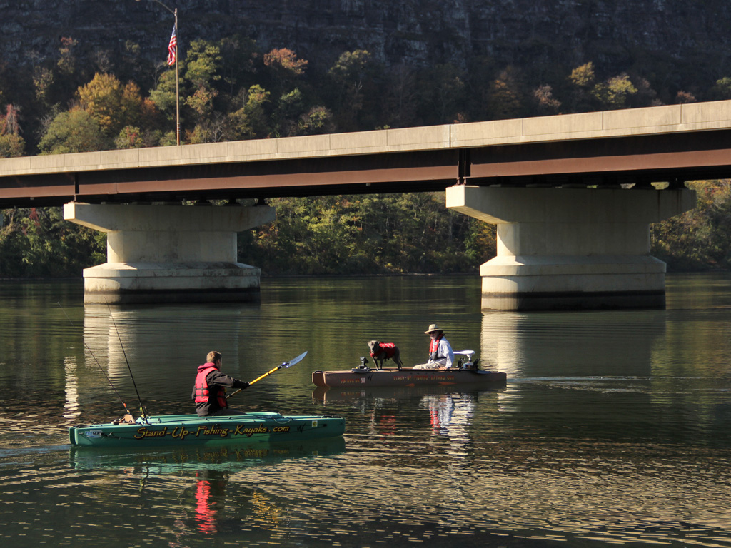 fishing-kayak-and-electric-fishing-kayak-on-susquehanna-river-1024-03