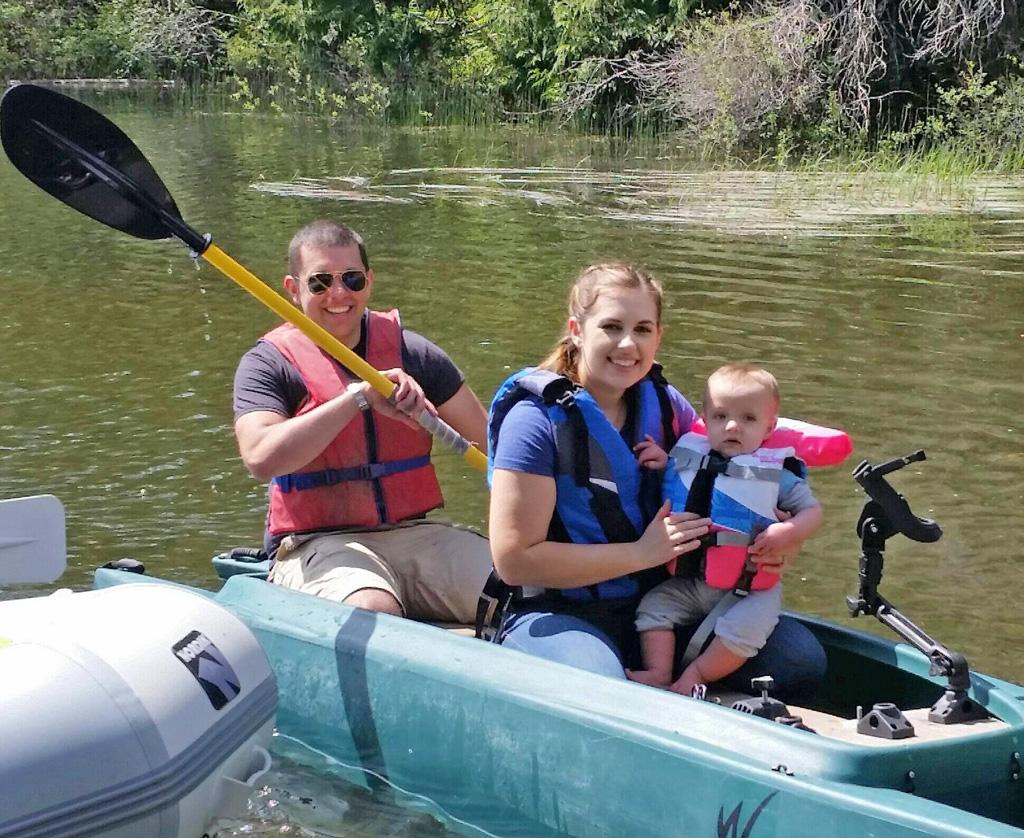 family in W700 kayak