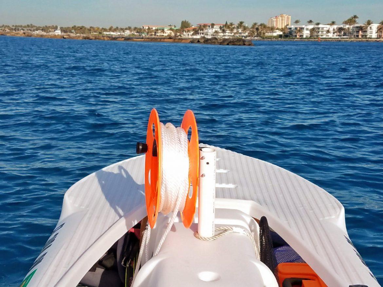 Motorized Wavewalk S4 for lobster fishing