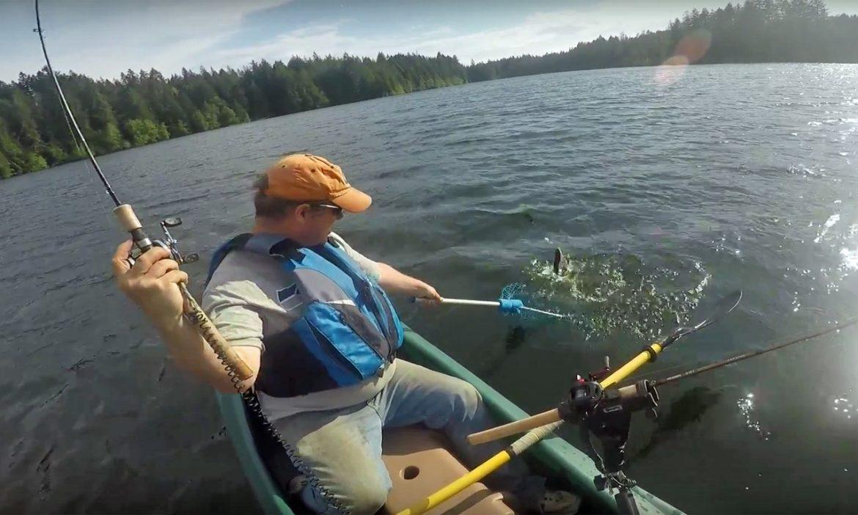 New Wavewalk 700 kayak fishing videos