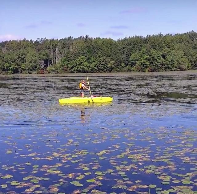 Launching and paddling the Wavewalk 700 and Wavewalk S4 kayaks