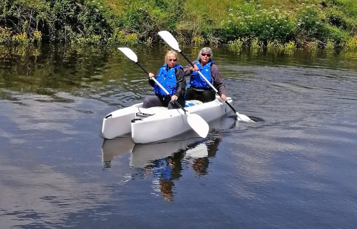 paddling our Wavewalk 700 tandem kayak