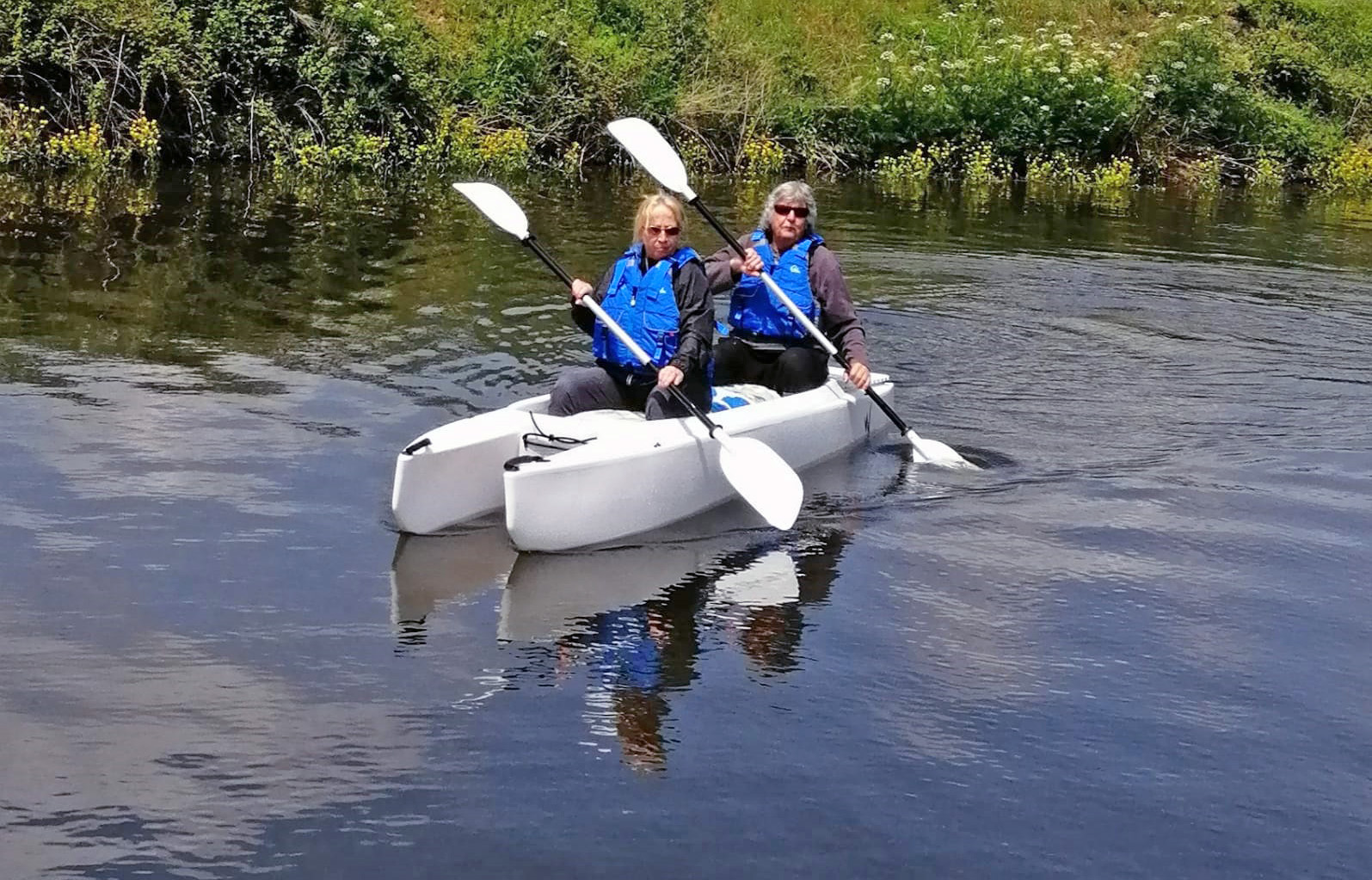 paddling our Wavewalk 700 tandem touring kayak