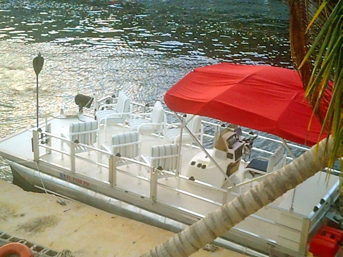 The Wavewalk Express touring boat, Key Largo