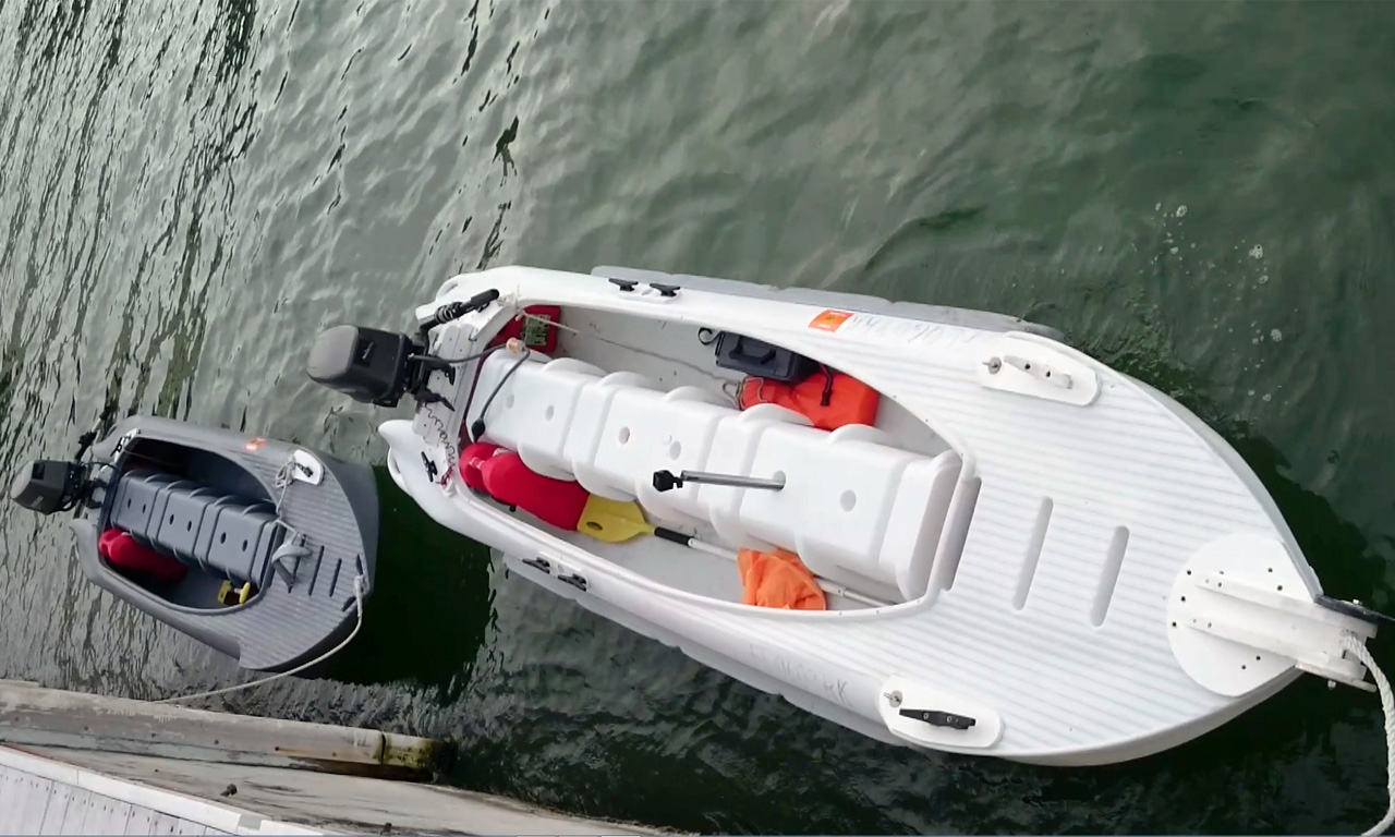 Storage spece on board Wavewalk S4 skiff
