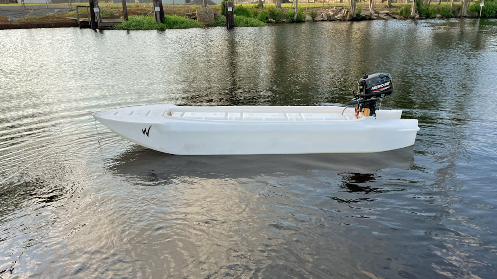 Wavewalk S4 with 6 HP Mercury outboard motor - south Louisiana